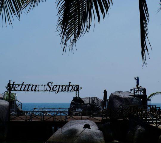Pantai Jelita Sejuba