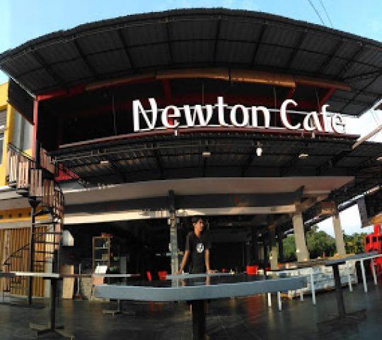 Newton Cafe