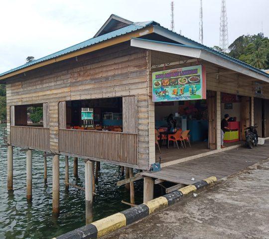 Resto Sari Laut Lamongan